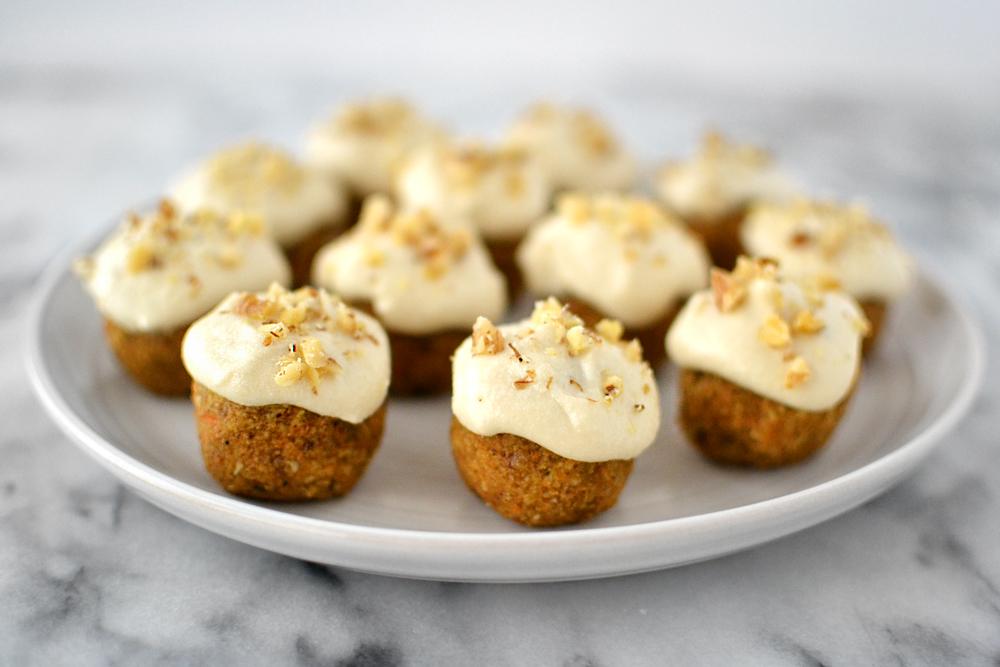 kitskitchen raw vegan gluten-free carrot cake bites