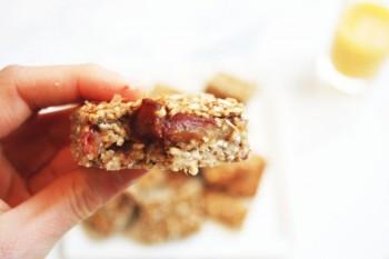 3 ingredient Breakfast Oat Bar Recipe